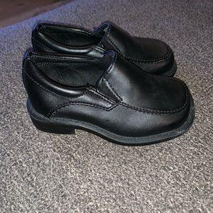 Black toddler dress shoe
